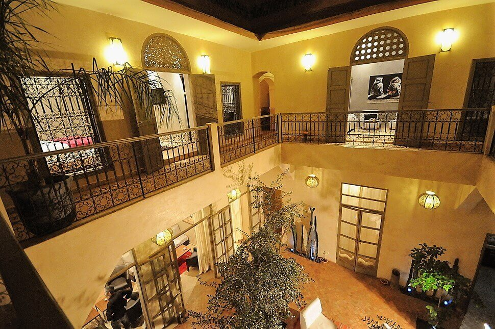 rent a riad Marrakech for group of 20, 25, 30 persons